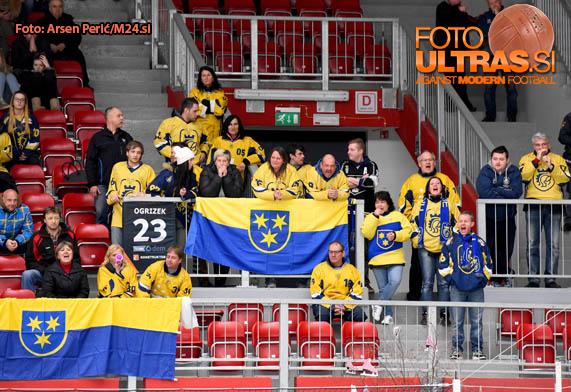 Ice Hockey, Slovenia, Jesenice, First division (Jesenice - ECE Celje), Hockey team Celje fans, 24-Mar-2016, (Photo by: Arsen Peric / M24.si)