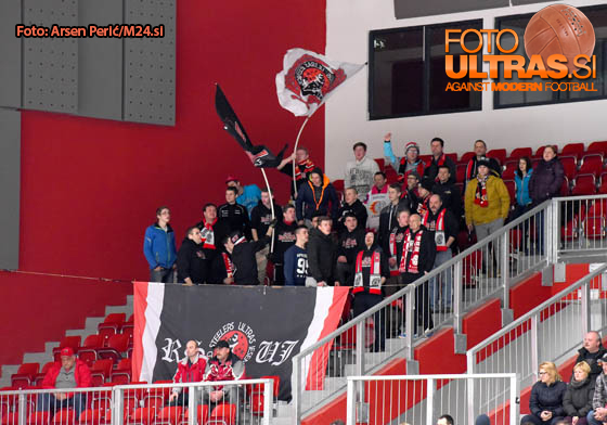 Ice Hockey, Slovenia, Jesenice, First division (Jesenice - ECE Celje), Hockey team Jesenice fans, 24-Mar-2016, (Photo by: Arsen Peric / M24.si)