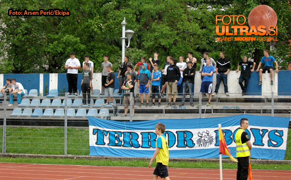 Soccer/Football, Slovenia, Gorica, First Division (ND Gorica - NK Olimpija), Football team Gorica fans, 09-May-2015, (Photo by: Arsen Peric / M24.si)