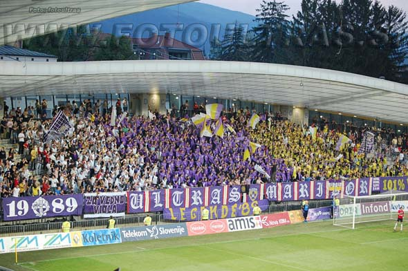 MariborCelje_01_Viole_200809.jpg