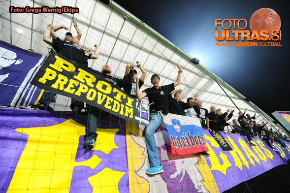 Soccer/Football, Maribor, UEFA Champions League (NK Maribor - Sporting Clube de Portugal), Viole fans, 17-Sep-2014, (Photo by: Grega Wernig / Ekipa)