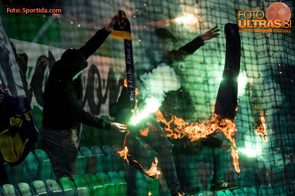 Green Dragons, fans of Olimpija during football match between NK Olimpija and NK Maribor in Round #31 of Prva liga Telekom Slovenije 2016/17, on April 29, 2017 in SRC Stozice, Ljubljana, Slovenia. Photo by Vid Ponikvar / Sportida