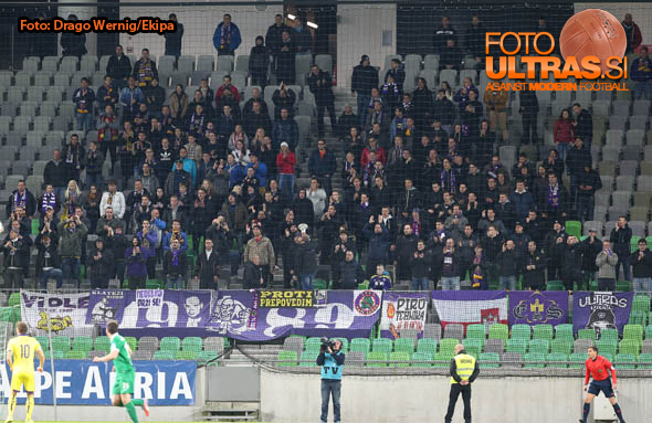 Soccer/Football, Ljubljana, First division (NK Olimpija - NK Maribor), Fans Viole, 08-Apr-2015, (Photo by: Drago Wernig / Ekipa)