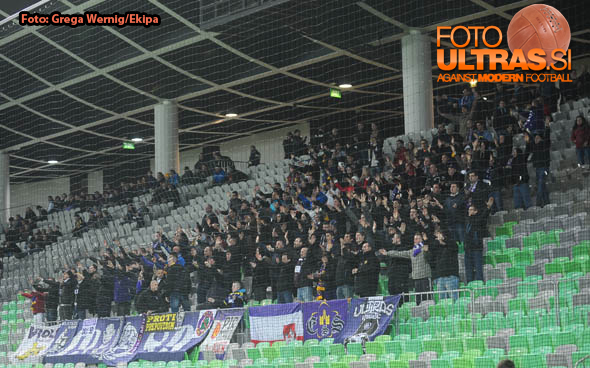 Soccer/Football, Ljubljana, First division (NK Olimpija - NK Maribor), Fans Viole, 08-Apr-2015, (Photo by: Jaka Zurga / Ekipa)