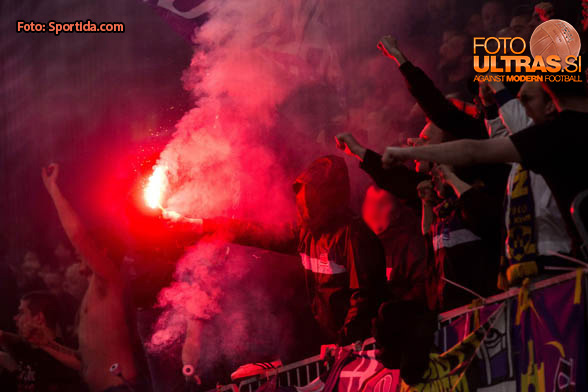 Viole, supporters of Maribor during 1st Leg football match between NK Olimpija Ljubljana and NK Maribor in Semifinal of Slovenian Football Cup 2016/17, on April 5, 2017 in SRC Stozice, Ljubljana, Slovenia. Photo by Vid Ponikvar / Sportida