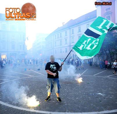 Soccer/Football, Slovenia, Ljubljana, Reportage (Green Dragons - Prebujanje Ljubljane), Green Dragons, 05-Jun-2015, (Photo by: Arsen Peric / M24.si)