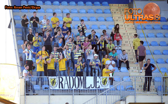 Soccer Football, Slovenia, Domzale, First Division (NK Kalcer Radomlje - ND Gorica), Football team Radomlje fans, 19-Oct-2014, (Photo by: Arsen Peric / Ekipa)