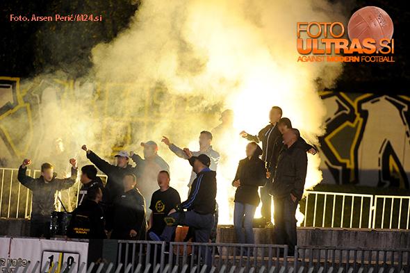 Soccer/Football, Slovenia, Velenje, First Division (NK Rudar - FC Koper), Football team Velenje fans, 24-Oct-2015, (Photo by: Arsen Peric / M24.si)