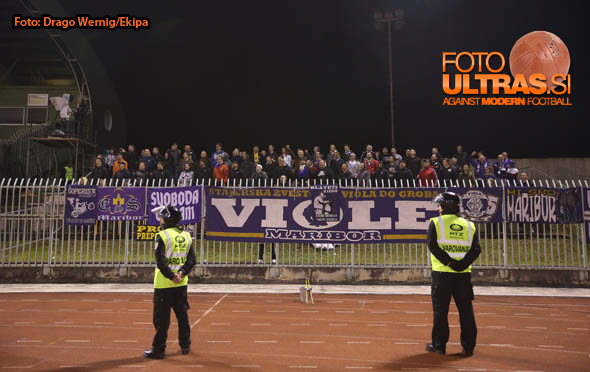 Soccer/Football, Velenje, First Division (NK Rudar - NK Maribor), Viole, 24-Sep-2014, (Photo by: Drago Wernig / Ekipa)