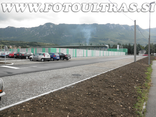 Novo parkirišče za južnim mejnim zidom