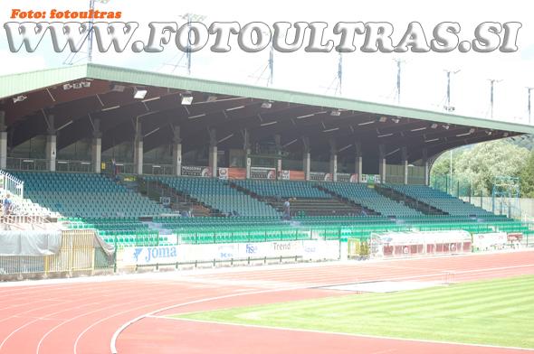 Dosedanja kapaciteta stadiona Ob jezeru je bila 1.822 sedežev; nova jih bo štela najverjetneje preko 2.000